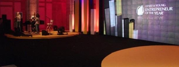 Decoração evento Ernst & Young